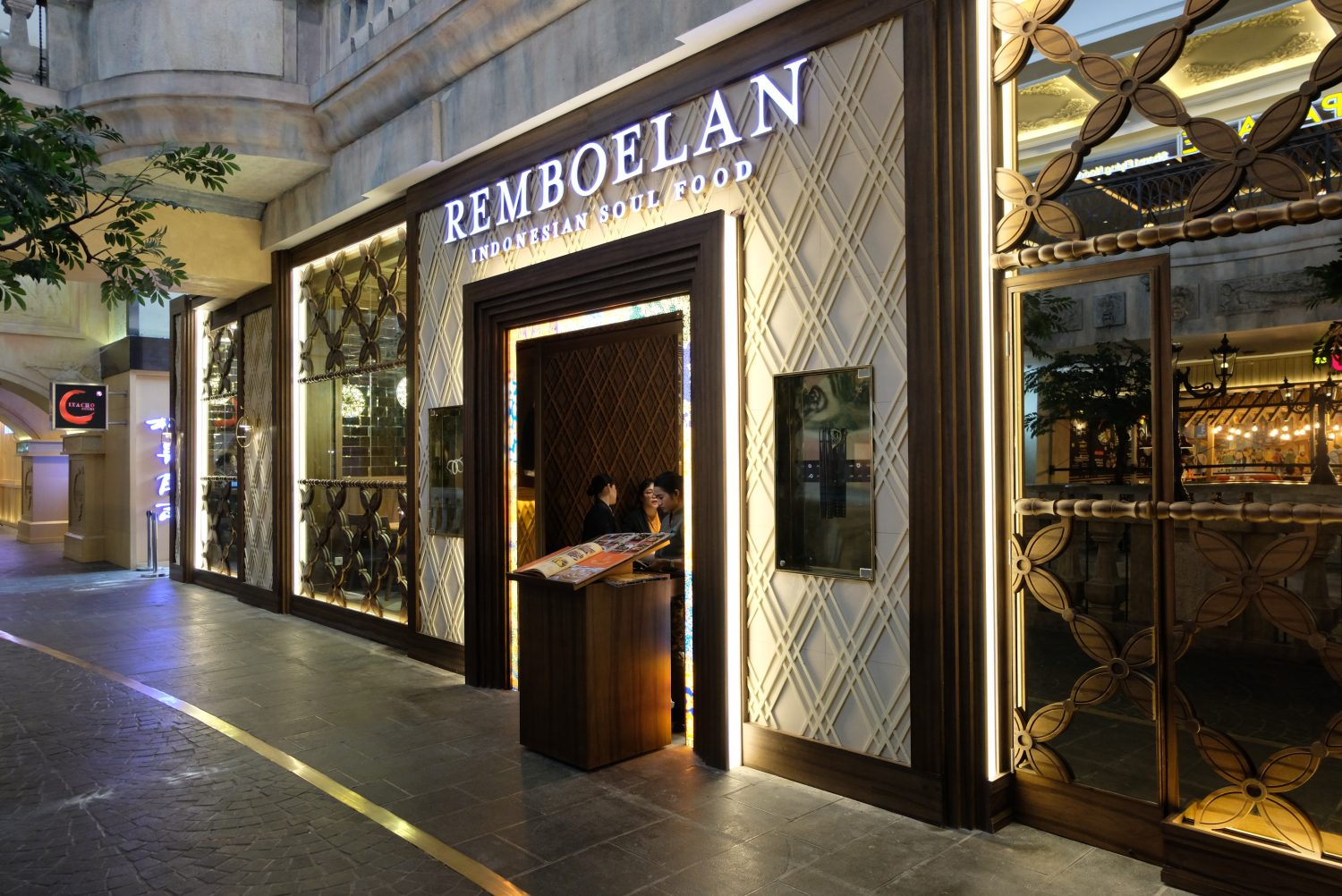 remboelan - grand indonesia